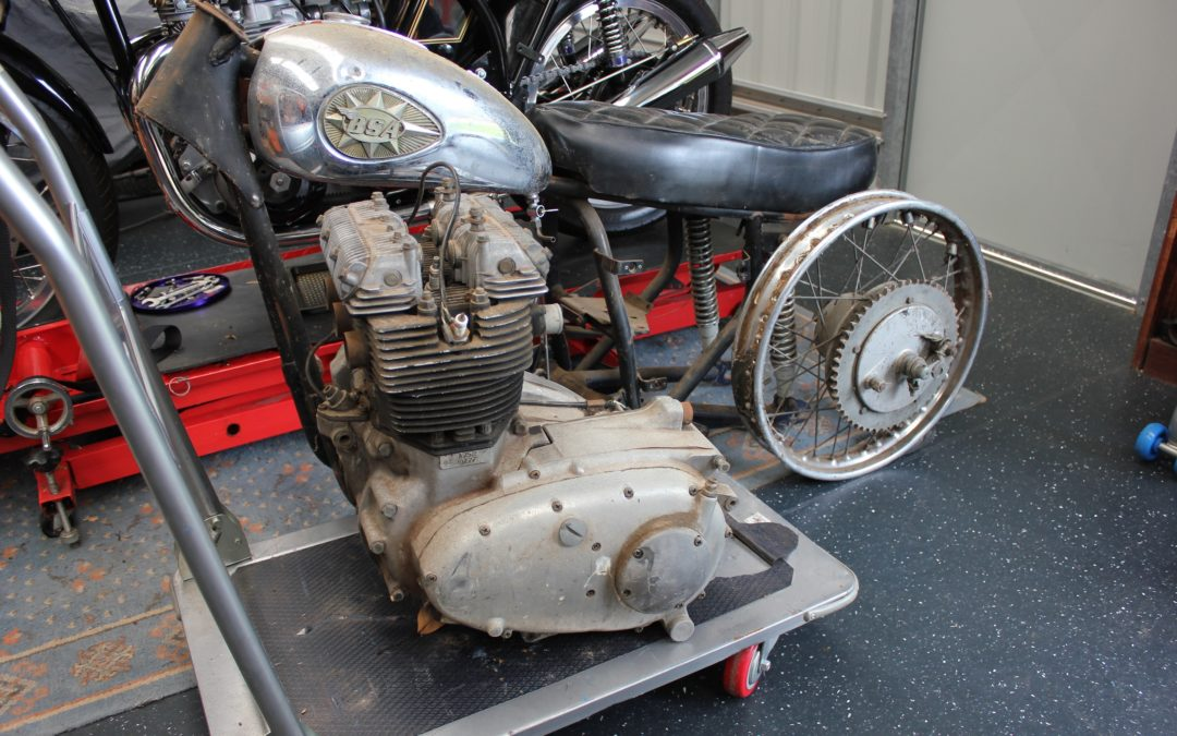 BSA Rocket 3 rebuild part II